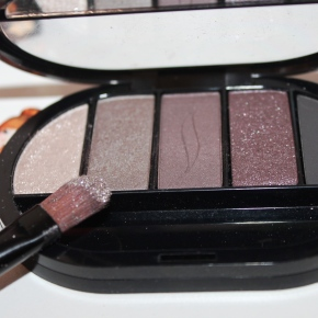 {Review} Sephora – Colorful 5 eye shadow palette.