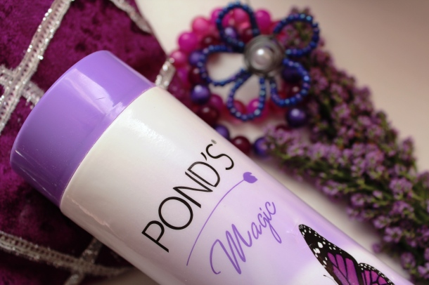 Ponds-magic-freshness-talc-acaciahoney (2)