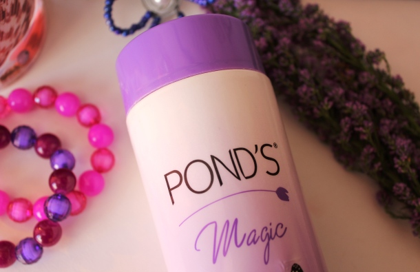 Ponds-Magic-Freshness-Talc