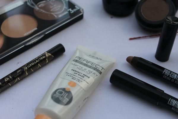 City Girl Vibe Hean Cosmetics Perfect Make up base