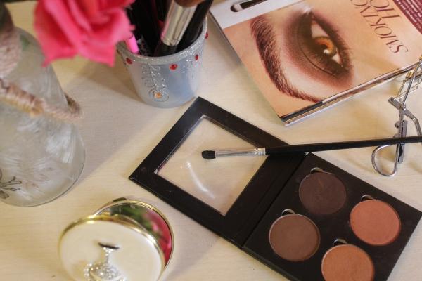 City Girl Vibe Bodyography Quad eyeshadow palette