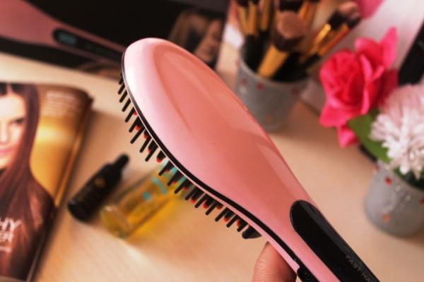 city-girl-vibe-hair-straightening-brush-review-x