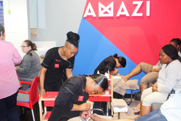 city-girl-vibe-x-amazi-store-launch-n1-city-mall