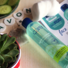 {Review} Avon: Light Moisture Foaming Gel Cleanser with Cucumber & Green Tea