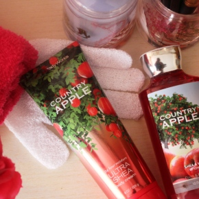 {Review} Bath And Body Works: Country Apple – Body Cream & Shower Gel