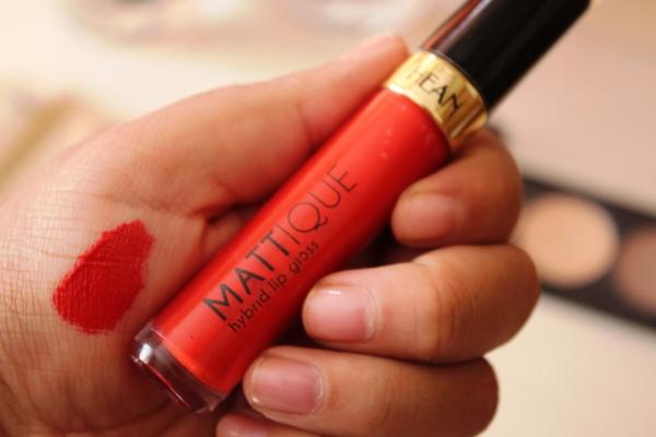 city-girl-vibe-x-hean-cosmetics-mattique-hybrid-lipgloss-in-107-flamenco