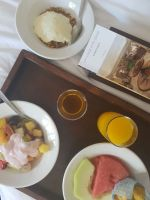 city-girl-vibe-x-city-lode-hotels-va-waterfront-room-service