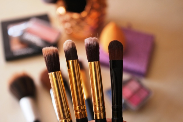 city-girl-vibe-x-glamore-x-rooi-roose-eyeshadow-brushes