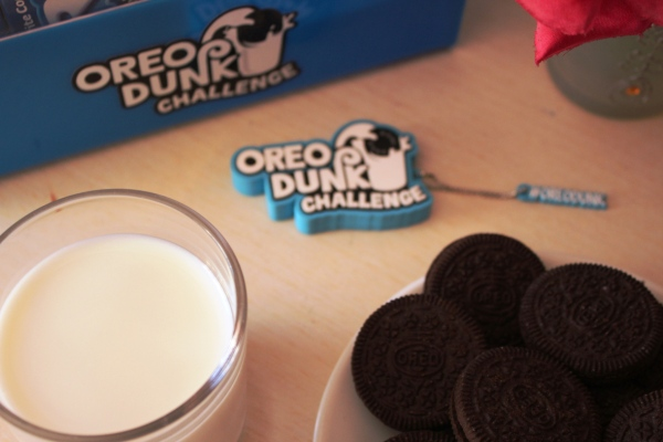 city-girl-vibe-x-oreo-dunk-challenge