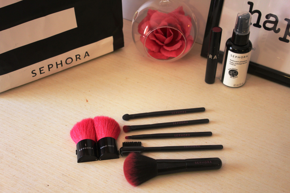 {Review} Sephora Brushes & Daily Makeup Brush Cleaner. |