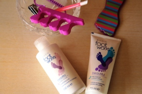 {Review} Avon Foot Works duo to get your feet sandal season ready.