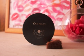 {Review} Yardley Loose Powder: Translucent Bare