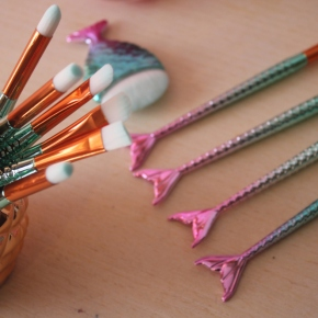 {Review} 11 Piece Mermaid Makeup Brush Set