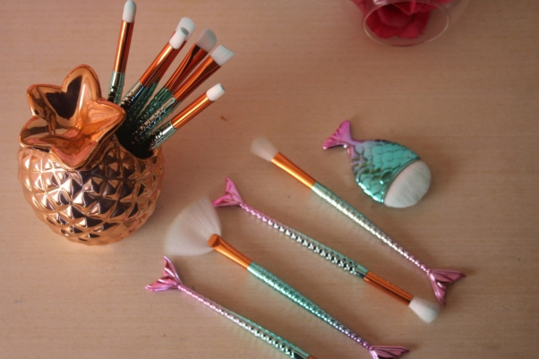 city-girl-vibe-x-11-piece-mermaid-makeup-brush-set