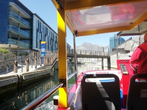 city-girl-vibe-x-city-sightseeing-canal-cruise-cape-town