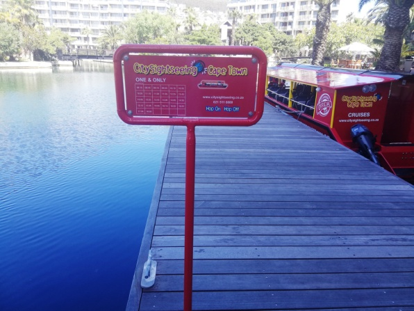city-girl-vibe-x-city-sightseeing-canal-cruise-departure-time