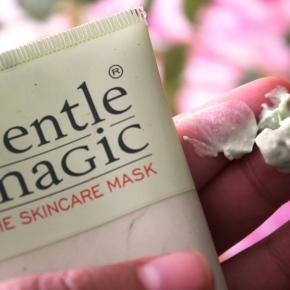 {Review} Gentle Magic: The Skincare Mask