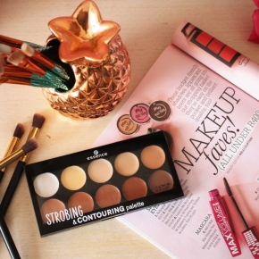 {Review} Essence – Strobing & Contouring Palette.