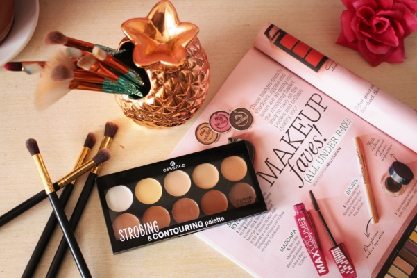 city-girl-vibe-x-essence-strobing-and-contouring-palette-review