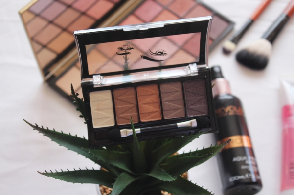 city-girl-vibe-x-mesmerize-bedazelled-brows-palette