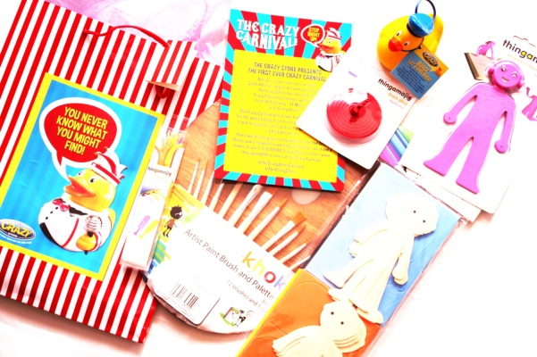 city-girl-vibe-x-the-crazy-carnival-launch-event-goodie-bag