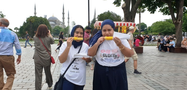 City Girl Vibe x Exploring Istanbul