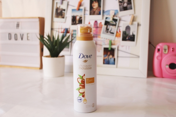 City Girl Vibe x Dove Shower and Shave Mousse