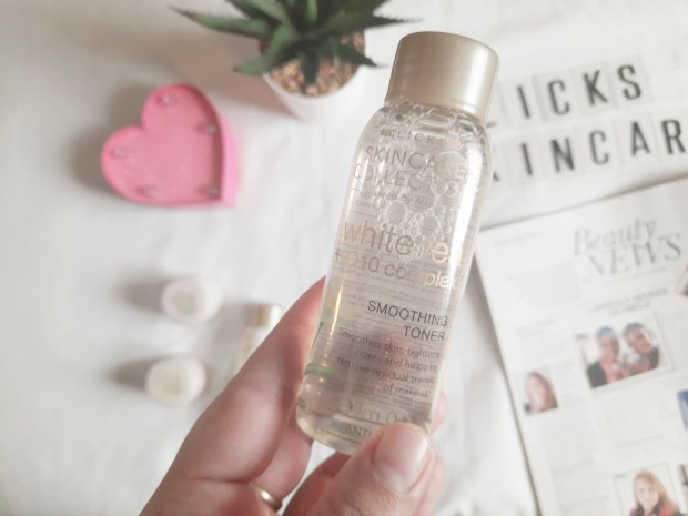City Girl Vibe x Clicks Skincare Collection White Tea & Q10 smoothing toner